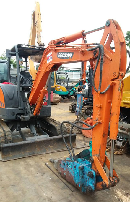 Excavator Rental Singapore